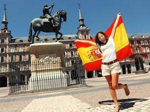 Эмиграция в Испанию из России: чем привлекает страна корриды